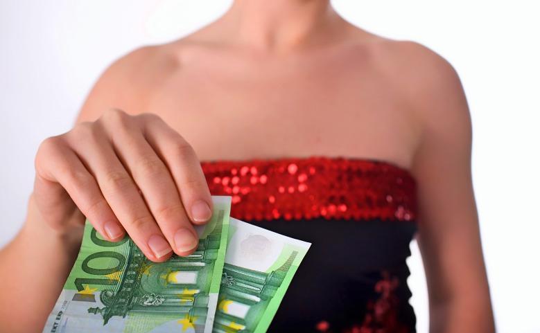 Handover the money